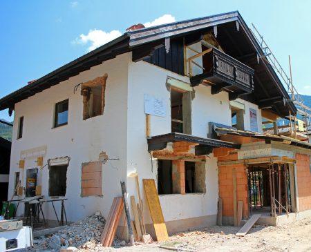 Hausbau: Diese Versicherungen brauchen Bauherren