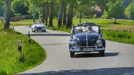 Versicherungstipp: Sicher unterwegs in der Cabrio-Saison