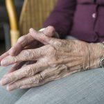 Ein Wechsel im Pflegerententarif bedeutet in den meisten Fällen eine Verbesserung des Versicherungsschutzes