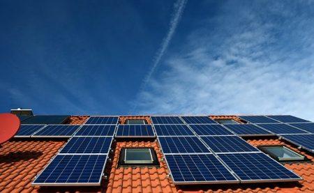 Nachfrage nach Solarstromanlagen steigt deutlich