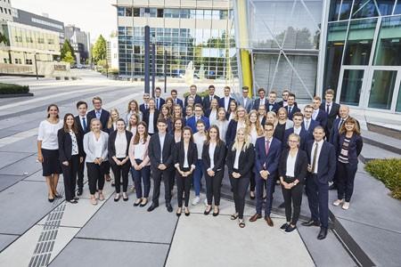 Die LVM Versicherung begrüßt 47 neue Auszubildende im Innendienst in Münster. Foto: Bernd Schwabedissen | © LVM Versicherung