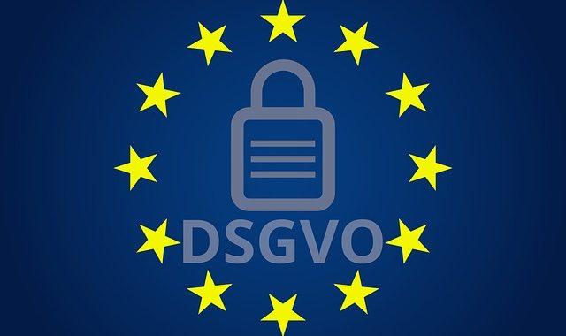 Streit um Namen an Klingelschildern – Verstoß gegen die DSGVO?