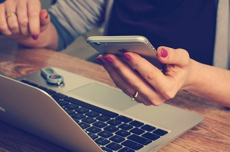 Versicherungskunden wollen Online-Beratung