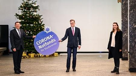 LVM Versicherung unterstützt Corona-Notfonds der WWU Münster