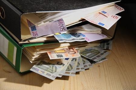 Die Vorsorgeversicherung versichert auf die verschiedensten Arten Ihre Existenz, in dem Sie für einen finanziellen Ausgleich sorgt.