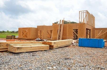 Bauherrenhaftpflicht: Hausbauer haften bereits für die Baustelle.