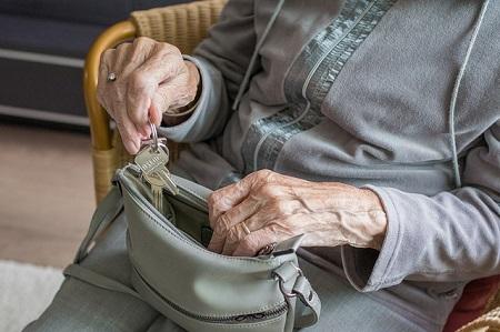 seniorenhaftpflichtversicherung